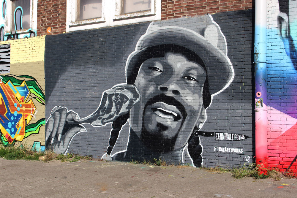 Street art of Snoop Dogg Cannibale Royale x BatArtworks