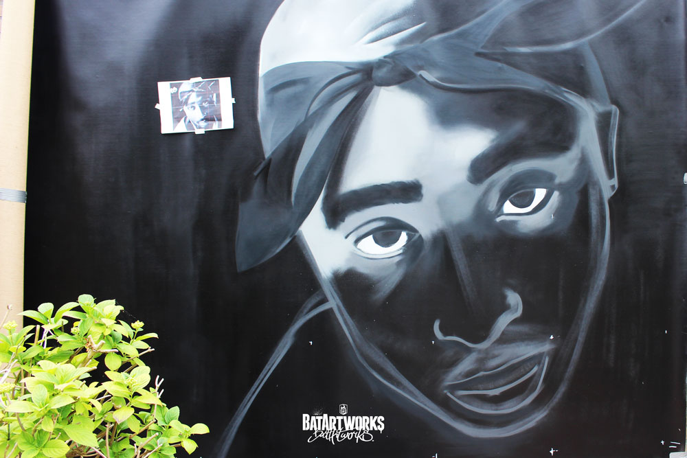 Tupac graffiti All eyez on me Batartworks