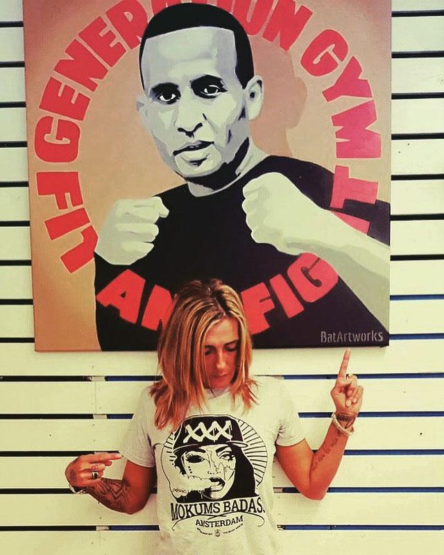 graffiti-canvas-mokums-badass-shirt
